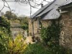Cottage niché dans une situation idyllique près de la ville de Pont D'Ouilly