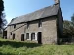maison indépendante en pierre avec dépendance attenante, en bordure  à 5 mn de Sourdeval