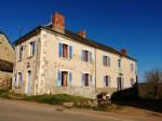 Belle maison de village familiale volumineuse