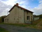Propriété: maison avec stabulation sur 34 hectares libres