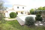 Fabuleuse maison moderne et spacieuse avec piscine dans un quartier très recherché près de Béziers