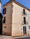 Maison de village rénovée de 70 m² habitables au centre du village.