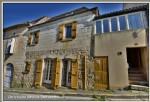Maison de village en pierres sur 3 niveaux, patio , 3 chambres, parfait pour profession libérale